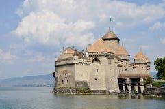 castillo de la ubicación famosa y de la señal del viaje de Chillon en Suiza Foto de archivo