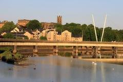 Castillo de Lancaster de la iglesia del priorato del puente del galgo Fotografía de archivo