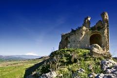 Castillo de Mongialino Imágenes de archivo libres de regalías