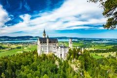 Castillo de Neuschwanstein Uno de la mayoría de los famos y del castillo hermoso en el mundo Imagen de archivo