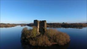 Castillo de Oughter de la quebrada Cavan irlanda almacen de video