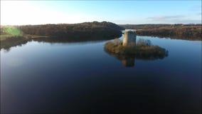 Castillo de Oughter de la quebrada Cavan irlanda almacen de metraje de vídeo