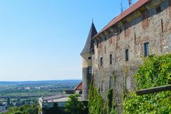 Castillo de Palanok en Mukachevo, Ucrania el 14 de agosto de 2016 Fotos de archivo