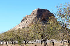 Castillo de Penas de San Pedro sobre la roca, España Fotografía de archivo