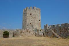 Castillo de Platamon en Grecia imagen de archivo