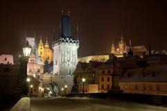 Castillo de Praga del puente de Charles Imagen de archivo