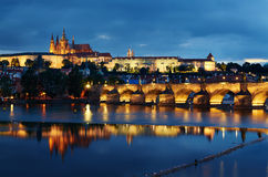 Castillo de Praga en la oscuridad Fotografía de archivo