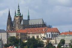 Castillo de Praga (hrad de Pražský) en Praga Foto de archivo