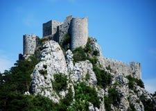 Castillo de Puilaurens en el sur de Francia foto de archivo
