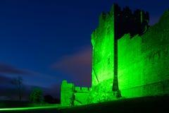 Castillo de Ross en la noche Killarney irlanda Fotografía de archivo