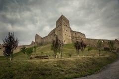 Castillo de Rupea cerca de Brasov Rumania Foto de archivo