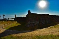 Castillo De San Marcos sur le beau fond de lever de soleil dans la côte historique 2 de la Floride photographie stock libre de droits