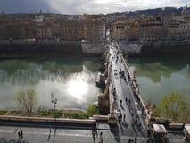 """Castillo de sant """"angelo del Puente de entrada стоковое изображение"""