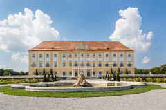 Castillo de Schloss Hof con el jardín barroco, Austria Fotografía de archivo