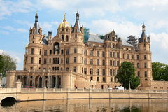 Castillo de Schwerin en la ciudad de Schwerin fotos de archivo