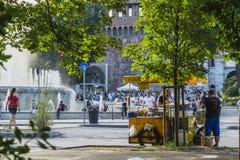 Castillo de Sforza en Milano, Italia fotos de archivo