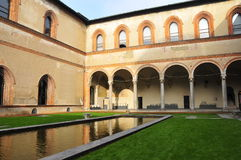 Castillo de Sforzesco fotos de archivo libres de regalías