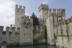 Castillo de Sirmione fotografía de archivo libre de regalías