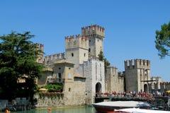 Castillo de Sirmione, Italia fotos de archivo libres de regalías