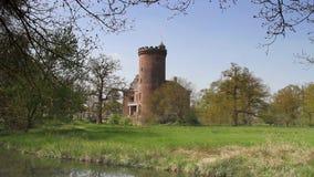 Castillo de Sterkenburg en los Países Bajos almacen de metraje de vídeo