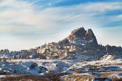 Castillo de Uchisar en invierno Imágenes de archivo libres de regalías