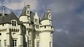 Castillo de Usse, el valle del Loira, Francia --también conocido como castillo del ` s de la bella durmiente metrajes