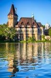 Castillo de Vajdahunyad en Budapest, Hungría Fotografía de archivo