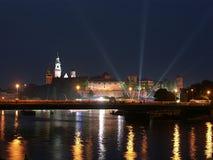 Castillo de Wawel por noche Imagen de archivo