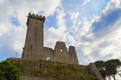 Castillo del magra de Castelnuovo Fotos de archivo