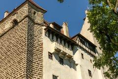 Castillo del salvado - castillo de Drácula s Imagenes de archivo