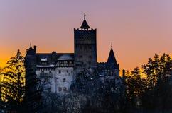 Castillo del salvado de Drácula en Transilvania Foto de archivo