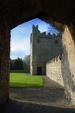 Castillo del siglo XVII/abadía de Monkstown Imagen de archivo