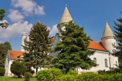 Castillo Dundjerski, construido en 1919, cerca de la ciudad de Becej fotografía de archivo libre de regalías