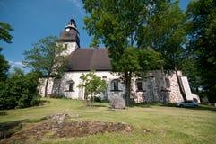 Castillo e iglesia en Turku, Finlandia Imagen de archivo