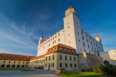 Castillo en Bratislava, la capital de Hrad de Eslovaquia Foto de archivo