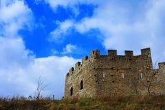 Castillo en la montaña fotografía de archivo