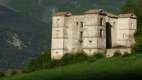 Castillo en Provence imagenes de archivo