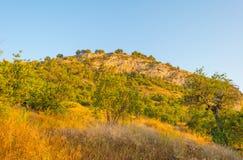 Castillo encima de una colina Imagenes de archivo