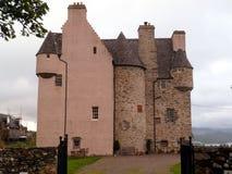 Castillo escocés rosado histórico foto de archivo libre de regalías