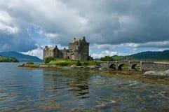 Castillo Escocia de Eilean Donan Imagenes de archivo