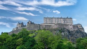 Castillo famoso de Edimburgo almacen de metraje de vídeo