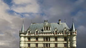 Castillo francés Azay-le-Rideau (fue construido a partir de 1515 a 1527), el Loira, Francia almacen de metraje de vídeo