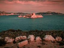 Castillo francés d 'si prisión donde Alexander Dumas encarceló la cuenta Monte Cristo en su novela, Marsella, Francia imágenes de archivo libres de regalías