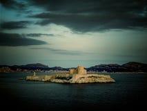 Castillo francés d 'si prisión donde Alexander Dumas encarceló la cuenta Monte Cristo en su novela, Marsella, Francia imagenes de archivo