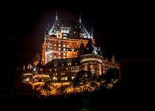 Castillo francés Frontenac en la noche Fotos de archivo libres de regalías