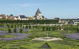 Castillo francés Villandry y pueblo Imagen de archivo libre de regalías