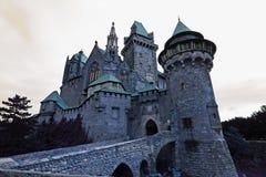 Castillo frecuentado Kreuzenstein Foto de archivo libre de regalías