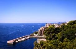 Castillo hermoso del paisaje y el mar. Imagen de archivo