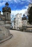 Castillo Hluboka - señal hermosa en República Checa Fotos de archivo
