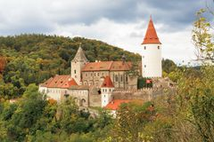 Castillo Krivoklat I Opinión del otoño imágenes de archivo libres de regalías